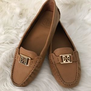 Tan Tory Burch driver loafers size 8.5